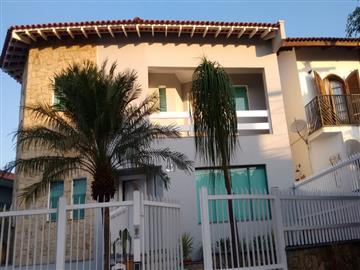 R$1.700.000,00 City Pinheirinho Sobrados em Condomínio
