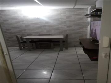 Centro  Ref: 0534 R$220.000,00
