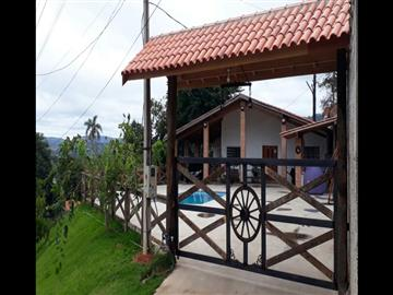 Residencial Country Felix  Ref: 0674 R$650.000,00