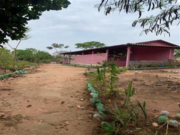 Chácaras Condomínio Cachoeira R$150.000,00