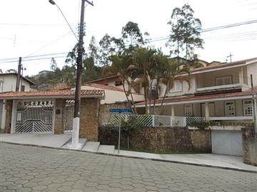 LINDA CASA JARDIM OLIVEIRA  376