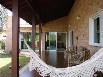 Casas  Jundiaí R$1.350.000,00
