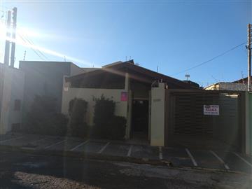 Casas  Ourinhos R$1.300,00