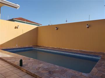 Casas Alto Padrão  Ourinhos R$650.000,00