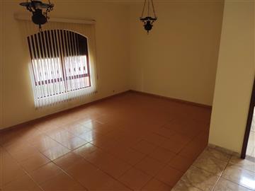 Casas Comerciais  Ourinhos R$375.000,00