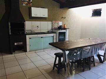 Casas  Ourinhos R$230.000,00