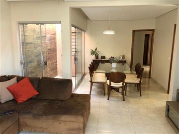 Casas  Ourinhos R$500.000,00