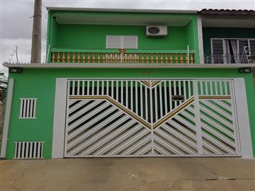 Casas Vila Helena R$300.000,00