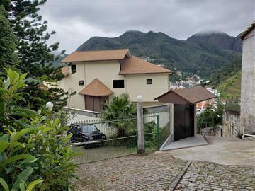Apartamentos  Nova Friburgo R$1.350,00