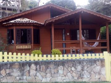 Casas  Nova Friburgo R$2.000,00