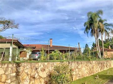 Ref: 650 Casas em Condomínio R$950.000,00