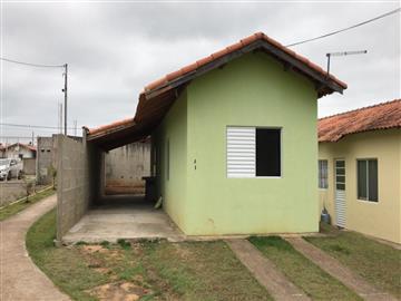 Casas no bairro Não Especificado na cidade de Registro