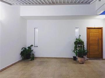 5 Dormitórios / 2 suítes Garagem para 6 carros Churrasqueira