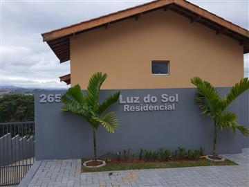 Casas em Condomínio  Atibaia R$220.000,00