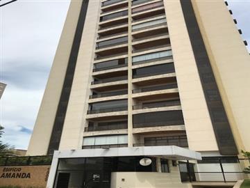 Apartamentos em Condomínio Centro R$ 680.000,00