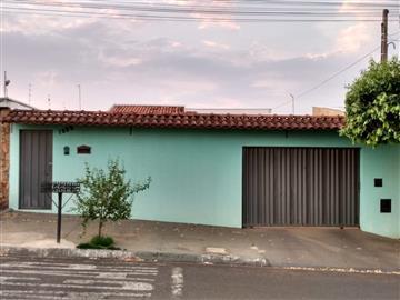Casas Jardim Imperador R$ 390.000,00