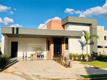 Casas em Condomínio Residencial Village Damha R$ 880.000,00